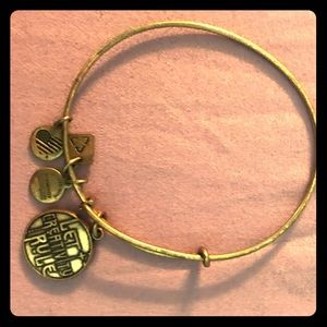 Alex and ani bracelt